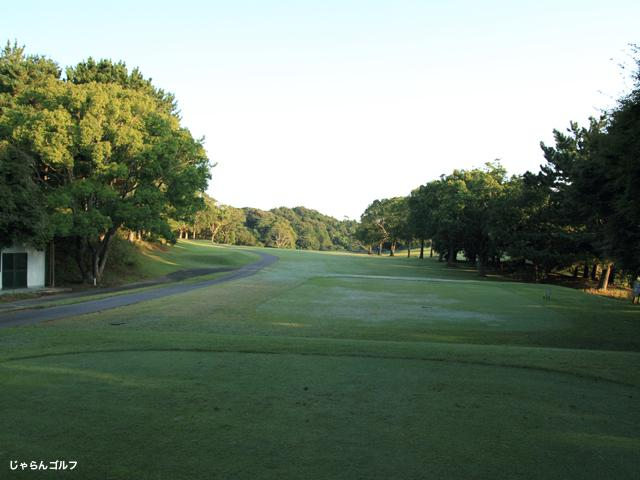 セントラルゴルフクラブの写真2-1