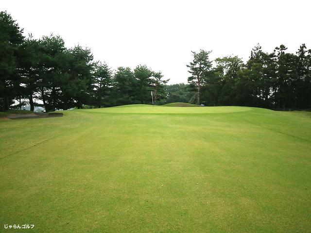 藤岡カントリークラブの写真2-3
