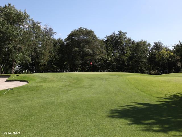 新玉村ゴルフ場の写真1-2
