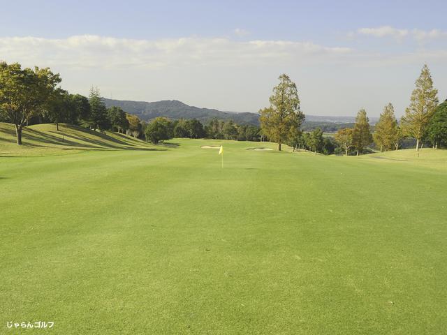 ロイヤルスターゴルフクラブの写真3-2
