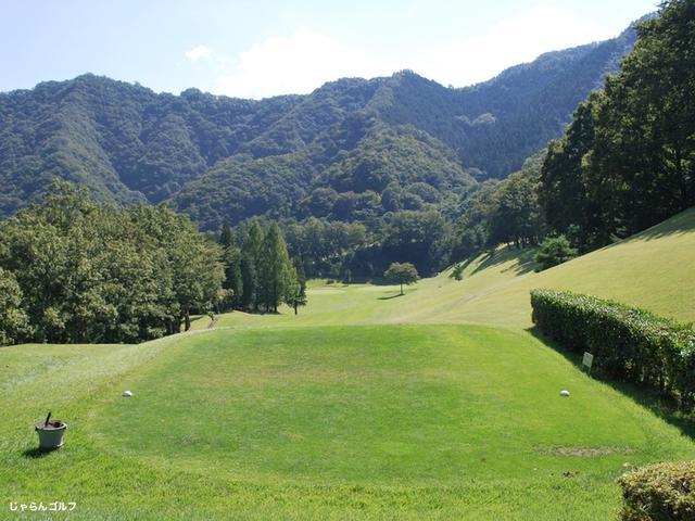 秋山カントリークラブの写真2-1