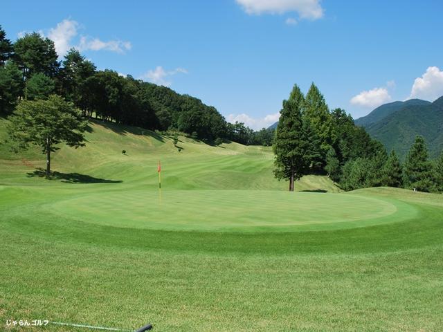 秋山カントリークラブの写真2-4