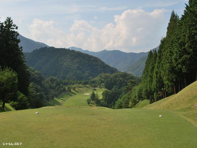 秋山カントリークラブの写真3-1