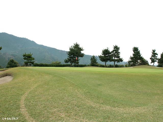 上野原カントリークラブの写真2