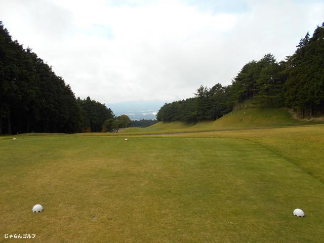 御殿場ゴルフ倶楽部の写真3-1