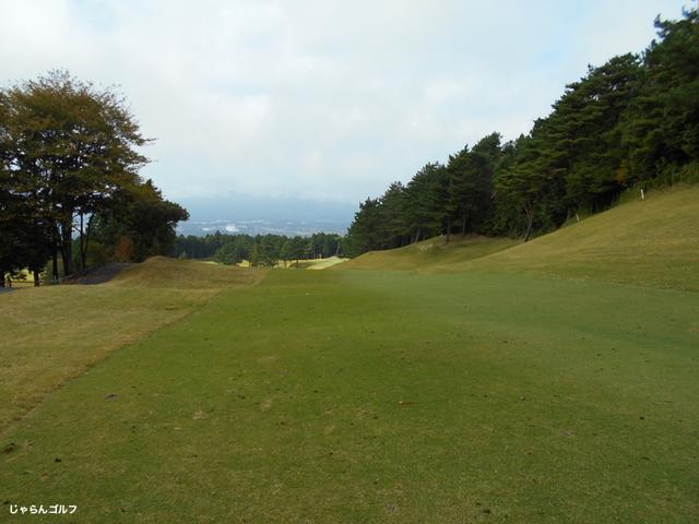 御殿場ゴルフ倶楽部の写真3-2